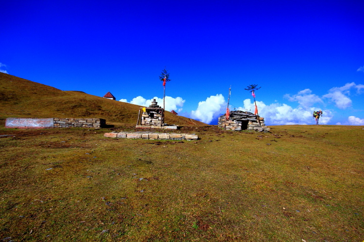 Temples near Bedni Kund of Bedni Bugyal