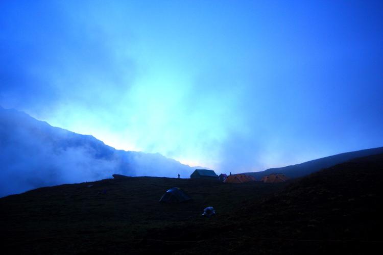 Fog covering Pathar Nachauni