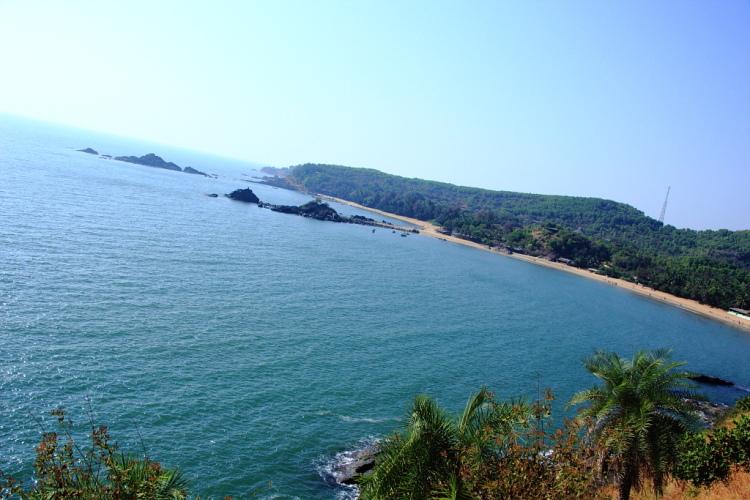 Om Shape of the Beach Gokarna