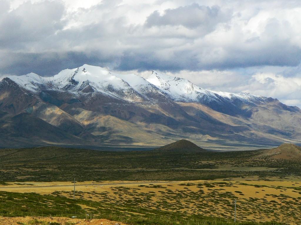 Surviving a Himalayan Trek - Rugged beauty of Himalayas