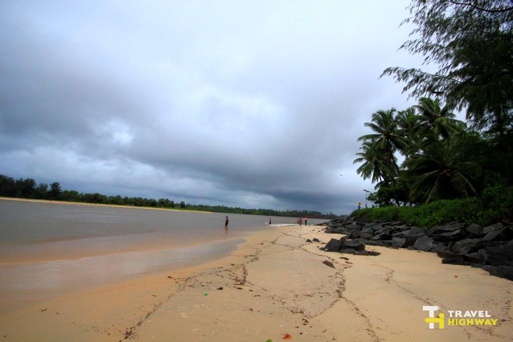 Bengre Beach River Meets Sea