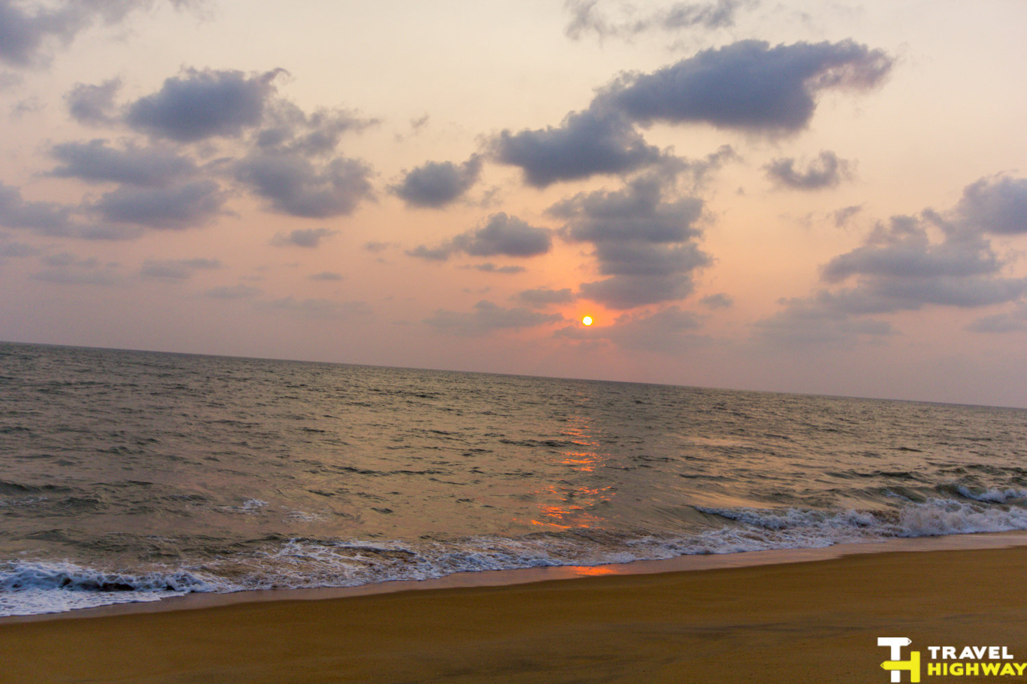 Bekal road trip - Sunset at Bekal beach