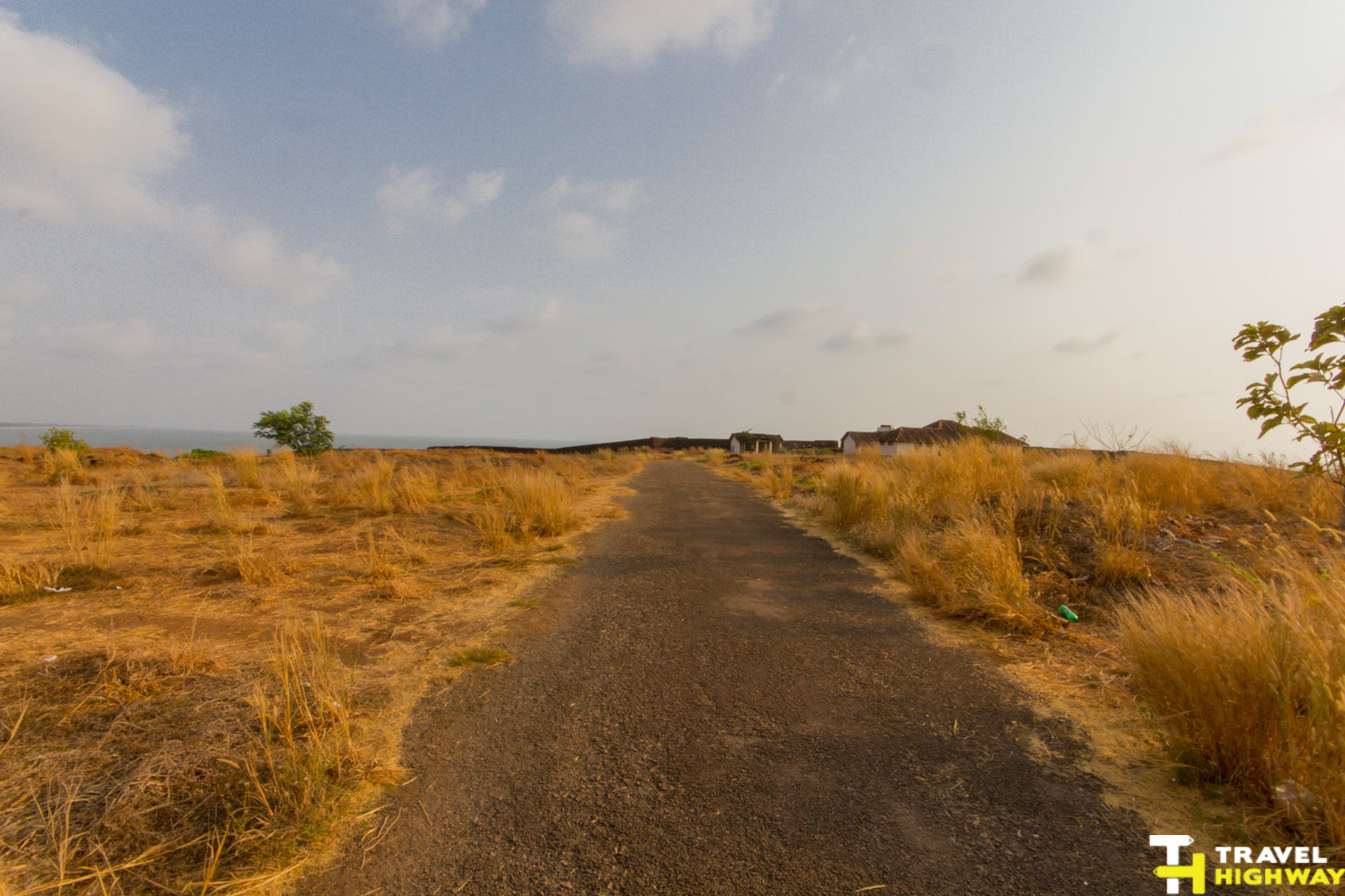 Bekal road trip - Walkway in Bekal Fort