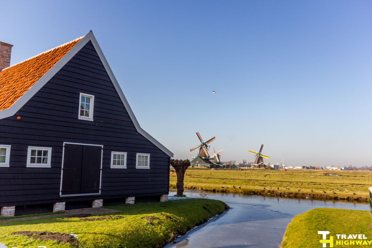 Zaanse Schans Windmills Lake House